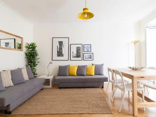 Central Bairro Alto 4 Rooms Up To 15 Guests, Lisbon