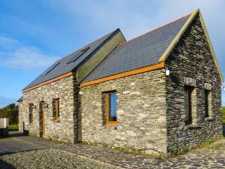 CORR AN DROMA family-friendly, sea views, multi-fuel stove in Schull Ref 29301