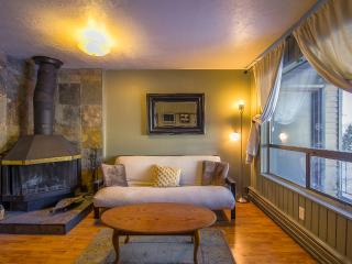 Completely updated, Ski to lifts or mountain bike to trails, 1 Bedroom... Enough Units in same compl, Brian Head
