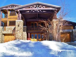 Juniper Lodge : A Spectacular Luxury Estate on the Slopes at Chair 15: - Listing #298, Mammoth Lakes