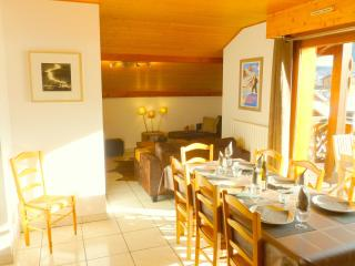 SKI-IN-SKI-OUT Apartment Edelweiss, 30m from Lifts, Morzine