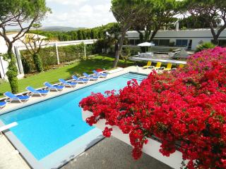 Vilamarques - 9 bedroom Villa - Sleeps up 25, Vilamoura