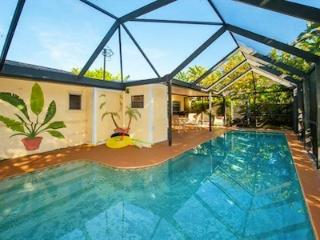 Bahama Breezes Beach House - 3 Bdrs - Private Pool, Clearwater