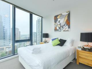 NEW-StayCentral CV2 gym pool two bedrooms views, Melbourne