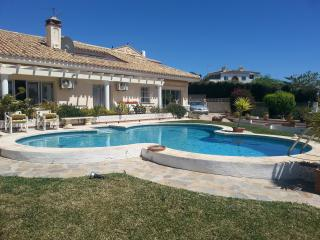 Holiday Villa in Prime Location - Private Pool, Mijas