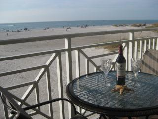 Gulf/Beach Front Condo, Clearwater