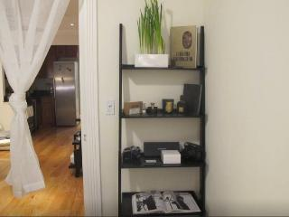 MODERN LUXURY 2BED + 2BTH, New York City