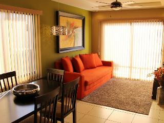 Cariari Toucan Premium Vacation Condo, San Jose