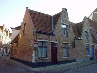 Historical Center Luxurious Bruges House 17th cent