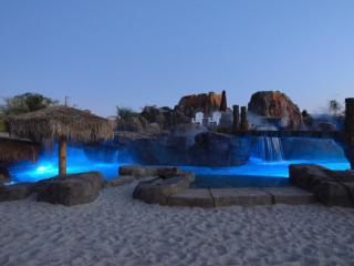 Volcano Oasis - Vacation Home and Event Venue, Peoria