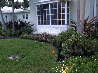2 Bedroom private Apartment within an Estate home, Miami Shores