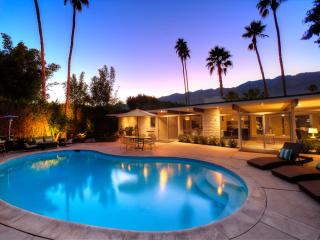 The Wexler House - Authentic Midcentury Estate, Palm Springs