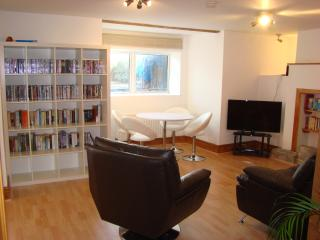 Contemporary flat close to the sea, Swanage