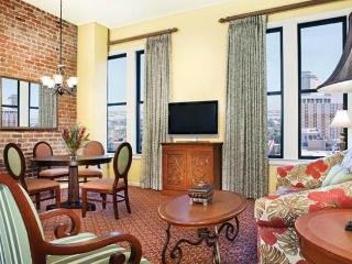 **Presidential Suite** 2 bdr 2 bth ** Perfect, New Orleans