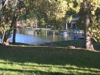 Lakeside Empty Nest Green 2 Bedroom Apartment, Fort Collins