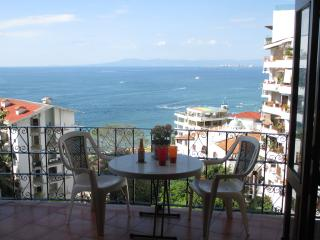 Macuaz #6 - Spacious Apartment - Expansive Views, Puerto Vallarta