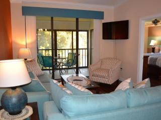 Luxurious 2BA/2BR Condo. Mins from IMG & Beaches, Bradenton