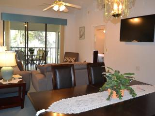 Wonderful 2BR/2BA Condo. Mins from IMG & Beaches, Bradenton