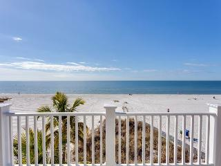 Island Girl, 5 bedrooms, Gulf Front, Elevator,  New Heated Pool on Nov 1 2015, Fort Myers Beach