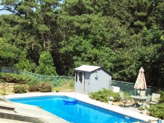 Home w/ Inground pool, near Bass River, Sea & Golf, South Yarmouth