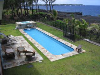 Hale Mar: Luxury, Absolute Oceanfront Home w/private Pool and Hot Tub!, Keaau