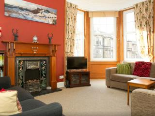 Condo/Apartment, 3 bedrooms, Sleeps 5-7, Central,, Edinburgh
