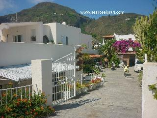 Lipari island: Villa Sea Rose two room apartment