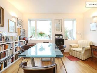 Bright 2 bed on Rayners Road, Putney, Londres