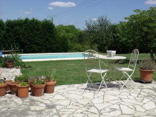 Saint Aulaye Holiday Home with private pool, Saint-Aulaye