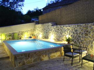 Sunshine villa with private pool near Dubrovnik, Cavtat