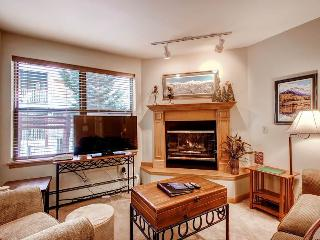Beautifully Appointed Breckenridge 2 Bedroom Ski-in - RW119