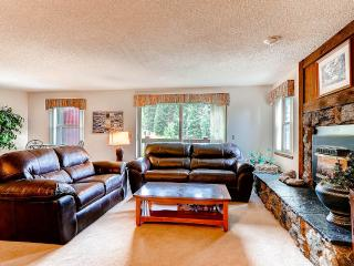 Beautifully Appointed  2 Bedroom  - 1243-77550, Breckenridge