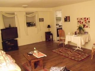 Ritenhouse Sq area 2 bedroom nice,spacious apt, Philadelphia