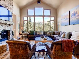 Appealingly Priced Breckenridge 7 Bedroom Free shuttle to lift - WC523