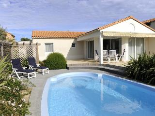 2690 3-bedroom Vendee villa with private pool, Les Sables d'Olonne