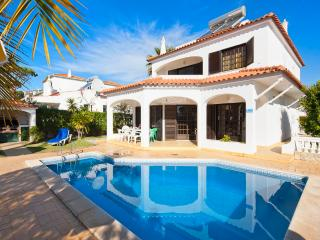 Villa Andro 4 bedroom with private pool, Vilamoura