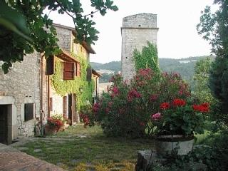 Lovely Farmhouse,Umbriatowerhouse  - Torre La Cupa, Acqualoreto