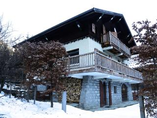 Chalet Chamonix, great location, 5 bed sleeps 10
