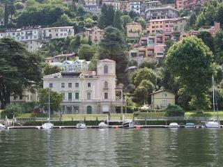 Suitelowcost - Majestic house on the Como Lake, Blevio