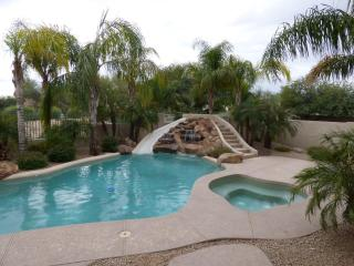 Gated Family Friendly home on golf course, Goodyear