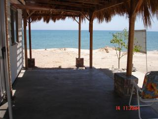 Baja beachfront bungalow-your paradise awaits you!, San Felipe
