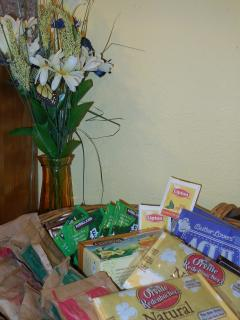 Welcome basket with goodies to start your stay.  Oatmeal, tea, coffee, popcorn.