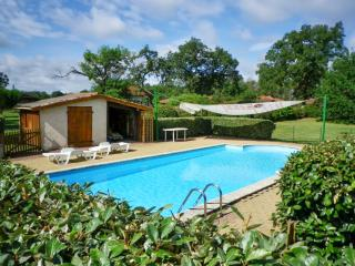 Charming house with huge garden in Aquitaine, Commensacq