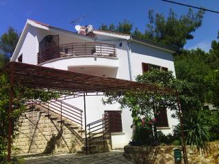 The house is located in the small village Zavala o