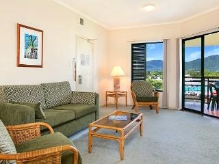 Tropic Towers Holiday Apartment, Cairns