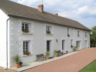 LE RENARD Chambres d'hotes / Bed & Breakfast., Bournand