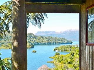 The Tree Hut, Lake Tarawera