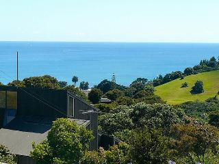 Marine Views, Onetangi