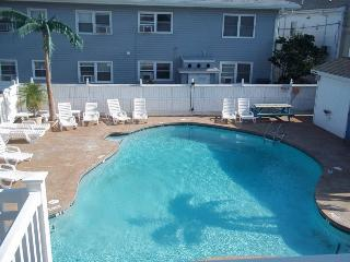 2br/2ba unit for up to 10 - June Grads Welcome!, Ocean City