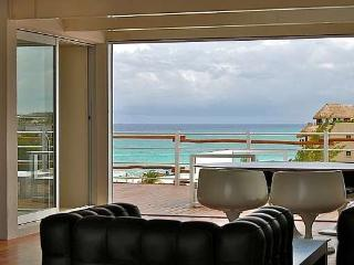 MAGIA PLAYA PH1G 4 BEDROOM PENTHOUSE ON THE BEACH, Playa del Carmen